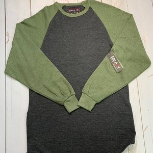NWT - Long Sleeve Men's Retro Baseball Shirt